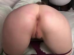 6 min - Young girl shows butt