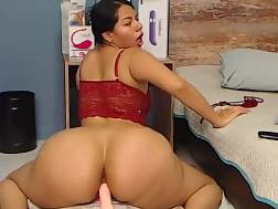 4 min - Big backside horny hispanic