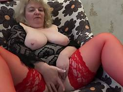 8 min - Mature plump mother unshaved