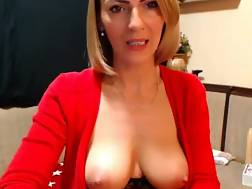 15 min - Naughty mature lady cam