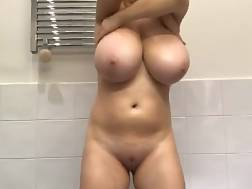 17 min - Teenager monster tits
