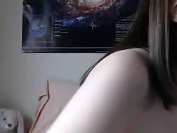 19 min - Nerdy chick gorgeous ass