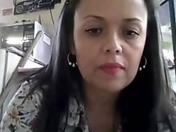16 min - Hispanic mother dress