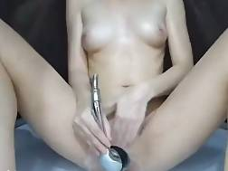 5 min - Katrin jerking shower