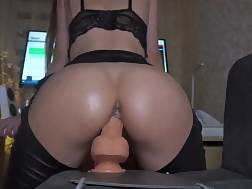 4 min - Big assed whore rides