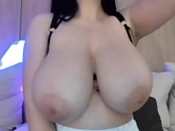 4 min - Nice big titties webcam