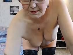 4 min - Live cam granny